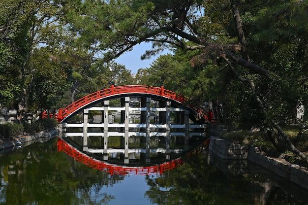 Sumiyoshi taisha grand shrine en osaka.