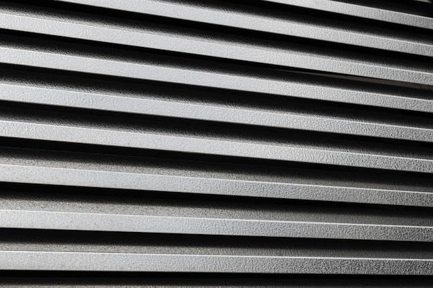 Superficie de metal corrugado horizontal negro