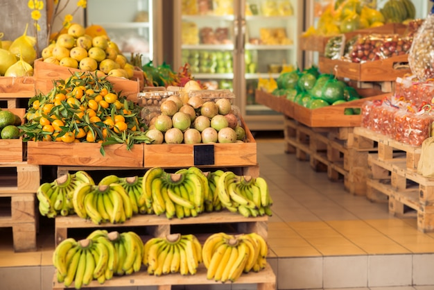 Supermercado moderno de frutas