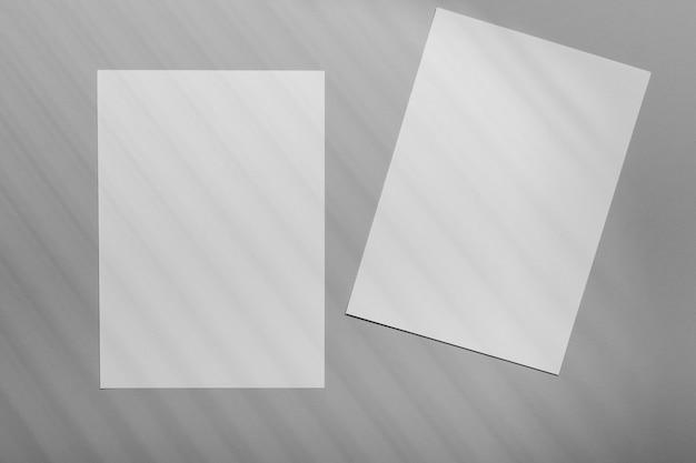 Superposición de folleto minimalista con sombra de vegetación