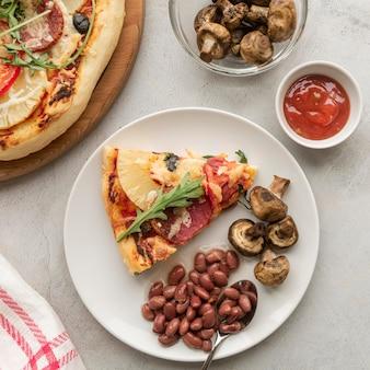 Surtido de deliciosas pizzas tradicionales