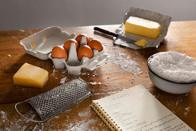 Surtido de delicioso pan de queso