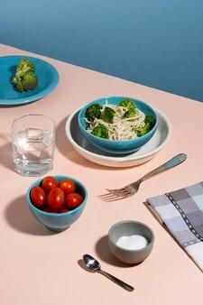 Surtido de deliciosos alimentos saludables