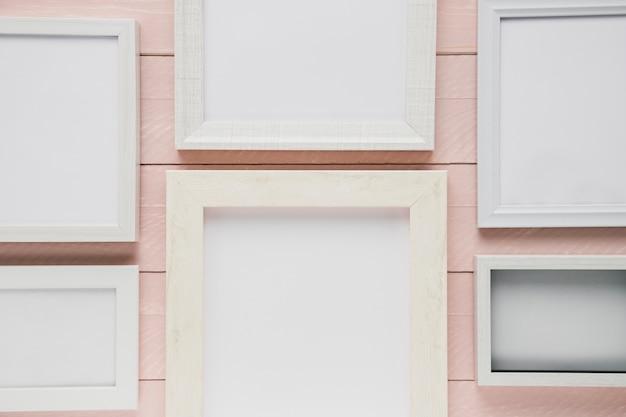Surtido de marcos minimalistas blancos.