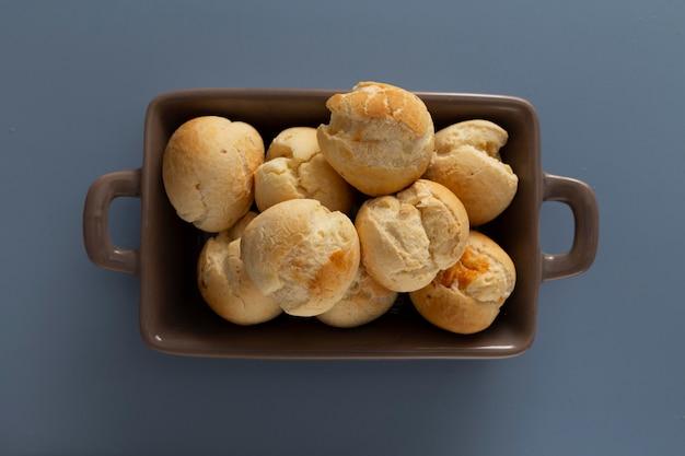 Surtido de pan de queso delicioso