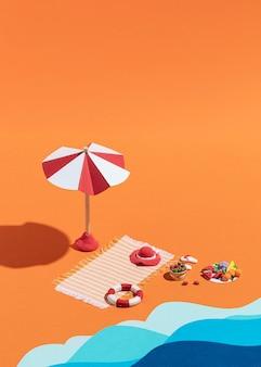 Surtido de playa de verano hecho de diferentes materiales.