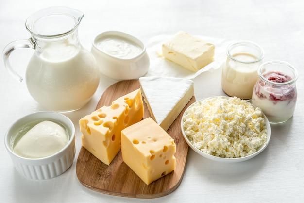 Surtido de productos lácteos.