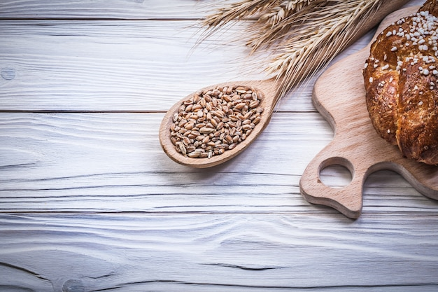 Tabla de cortar trigo centeno orejas pan palo cuchara de madera maíz