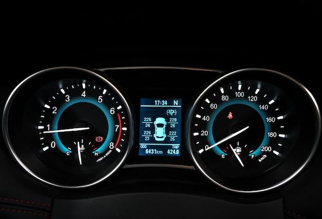 Resultado de imagen de imagenes gratis cuentakilometros coche digital