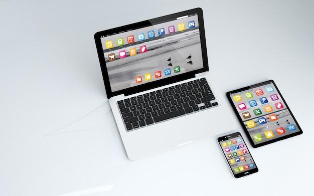 Tableta, laptop y teléfono inteligente