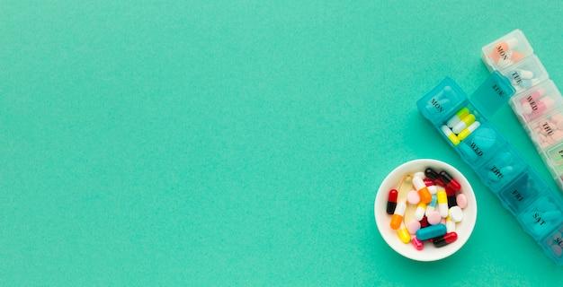 Tabletas con tratamiento diario de pastillas.