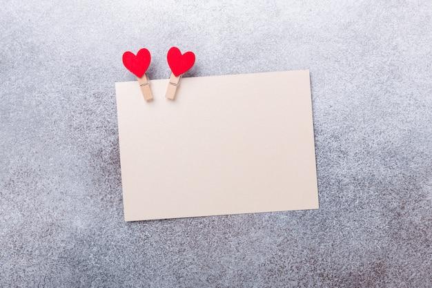 Tarjeta de felicitación en blanco del día de san valentín