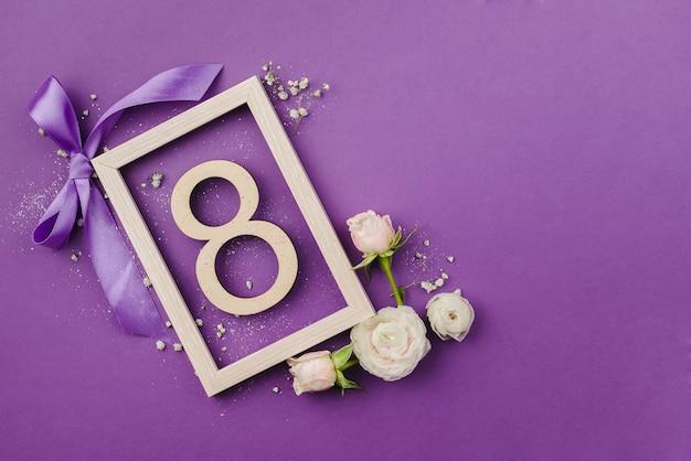 Tarjeta de felicitación del día internacional de la mujer el 8 de marzo