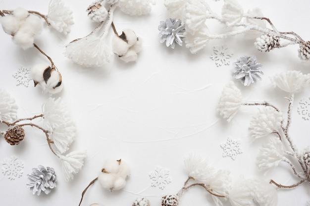 Tarjeta de felicitación de navidad. borde de marco de navidad con copyspace