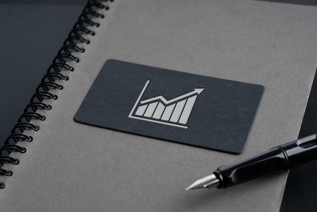 Tarjeta de nombre simple para el concepto de icono de estrategia y negocios