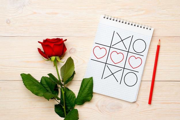Tarjeta de san valentín, estrategia ganadora de tres en raya