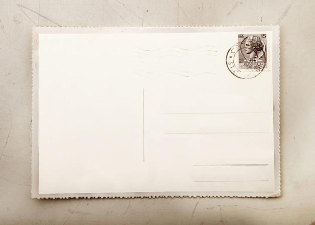 Tarjeta vintage con espacio en blanco para escribir