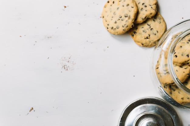 Tarro de galletas vista superior