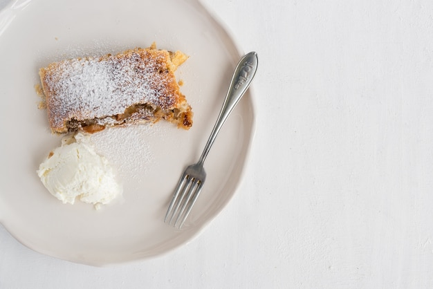 Tarta austriaca de manzana y canela