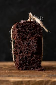 Tarta casera hecha con chocolate