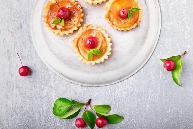 Tartaletas de caramelo de manzana