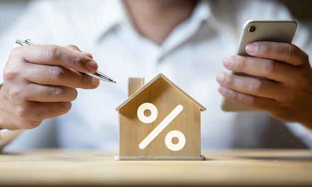 Tasa de interés de la propiedad, aumento de préstamos financieros, planificación de inversiones, bienes raíces comerciales, beneficio de la banca, análisis de estrategia de pensamiento del inversor
