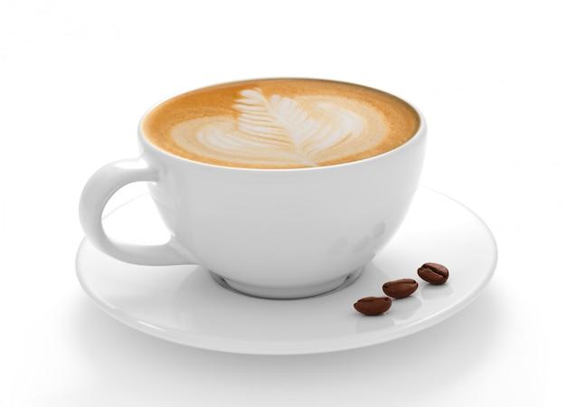 Taza de café con leche y granos de café aislado sobre fondo blanco.