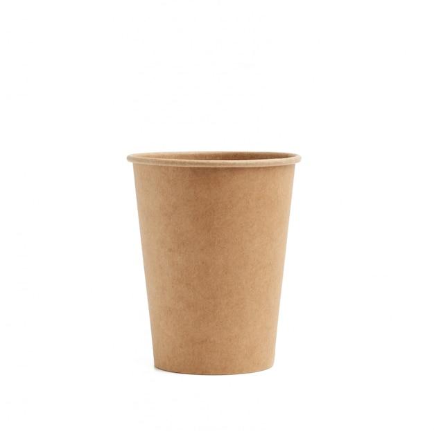 Taza de papel marrón para bebidas para llevar aislado