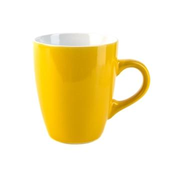 Tazas de cerámica de color amarillo sobre un fondo blanco.