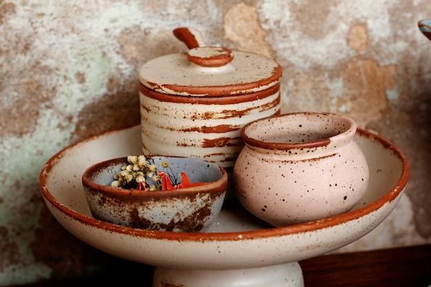 Tazas, cuencos, cerámica