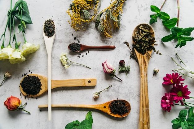 Té de hierbas para belleza y salud.