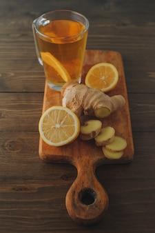 Té con limón y jengibre