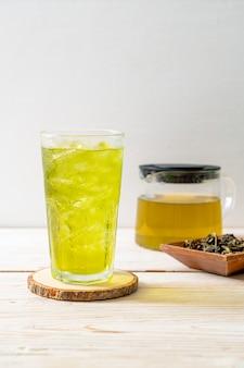 Té verde japonés helado