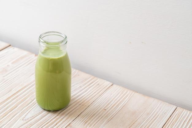 Té verde matcha con leche