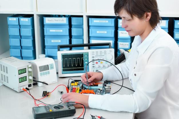 Tech prueba equipos electrónicos