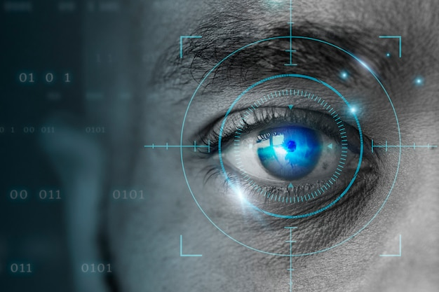 Tecnología biométrica de retina con remezcla digital de ojo de hombre