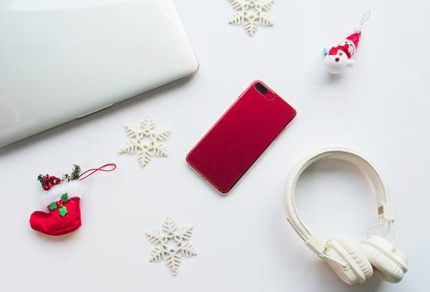 Tecnología y concepto de navidad.