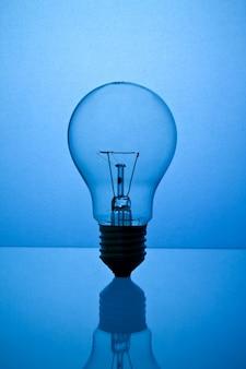 La tecnología de la energía eléctrica el desarrollo de equipos