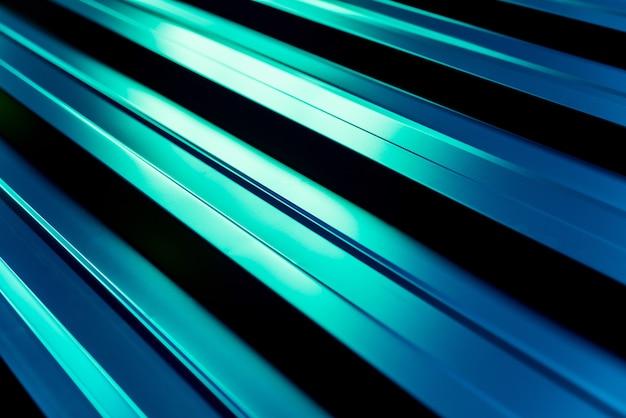 Tejas metálicas verdes con patrón de luz