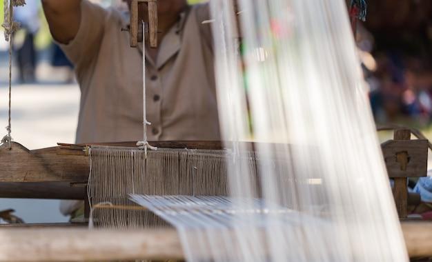 Tejidos tejidos de las comunidades del norte de chiang mai, copia espacio.