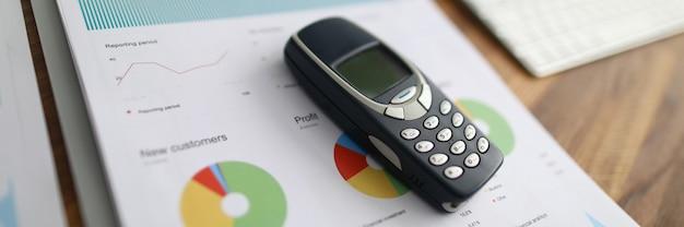 El teléfono es un informe estadístico, el beneficio de los clientes.
