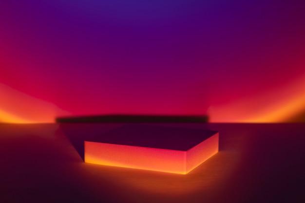 Telón de fondo del producto de la lámpara del proyector al atardecer