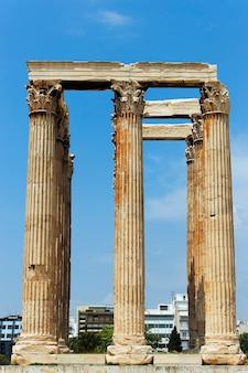 Templo griego en ruinas