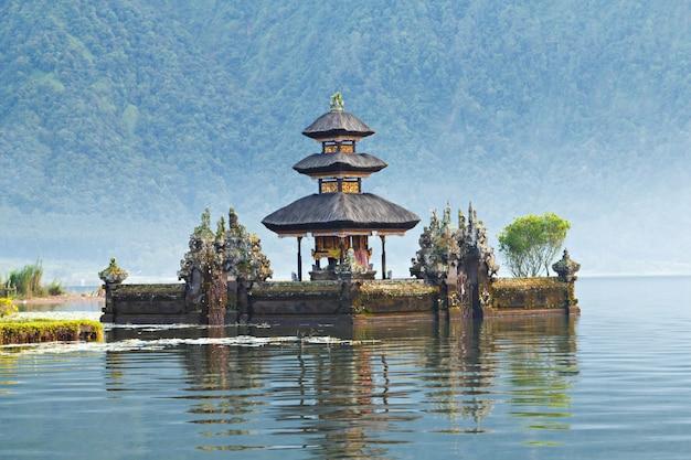 Templo de ulun danu