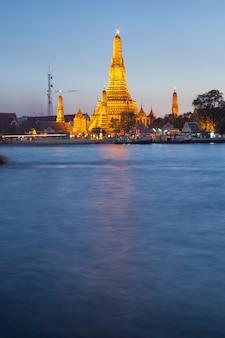 Templo de wat arun en bangkok tailandia