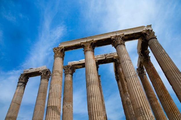 Templo de zeus olímpico, atenas, grecia.