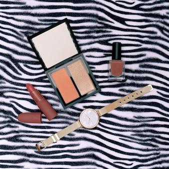 Tendencias de maquillaje de otoño en tonos. cosméticos estilo plano laico