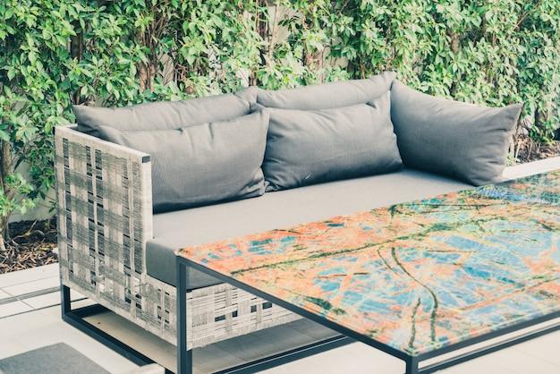 Terraza Exterior Cubierta Hermosa Vacía Foto Gratis