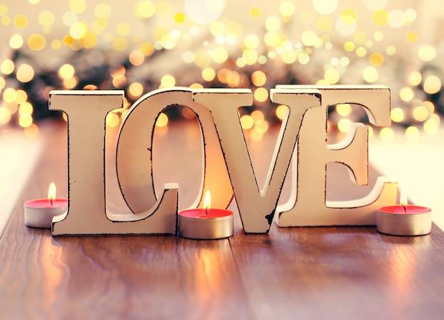 Texto de amor, letras de madera vintage