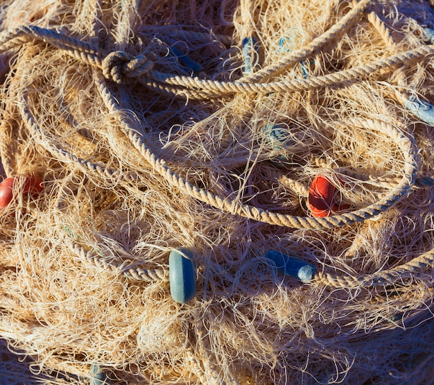 Textura de aparejo de red de trasmallo de pesca en el puerto de gandia
